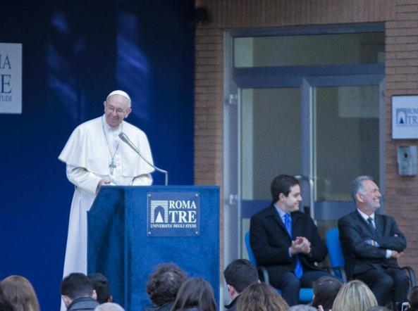 Papa Francesco parla agli studenti dell'Università Roma Tre